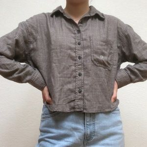 American Eagle Plaid Cropped Button Up